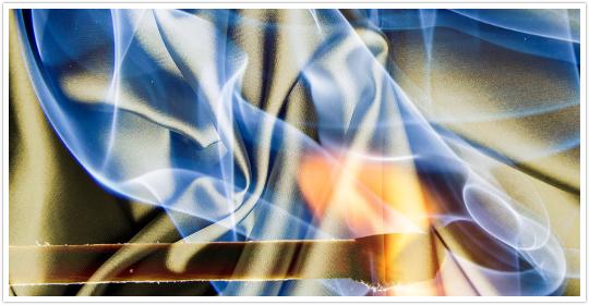 FXの危険性に火が付いたイメージ